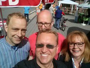 Infostand der SPD Groß Grönau bei den Mär